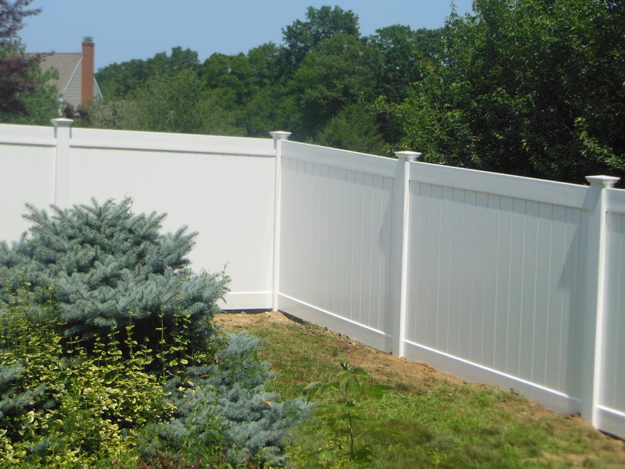 Vinyl Privacy Fencing Is Maintenance Free